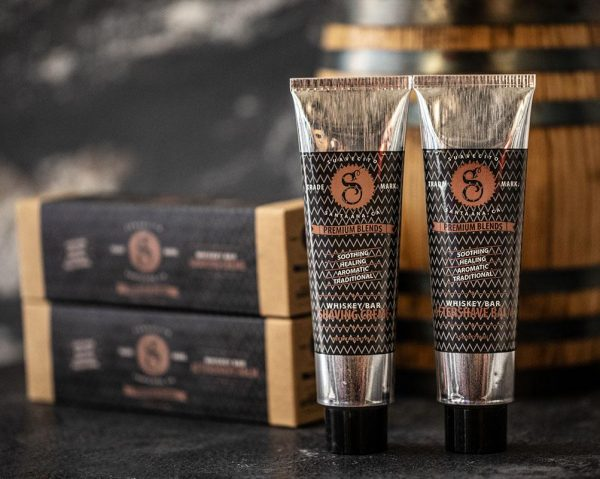 Suavecito aftershave met whiskygeur